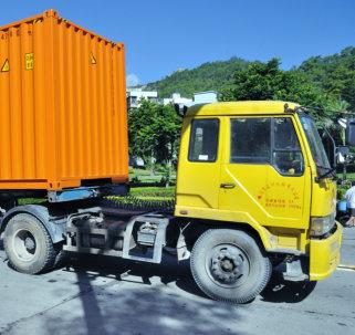 yellow cargo truck